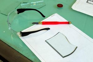 Glass cutting techniques - Cariad Glass